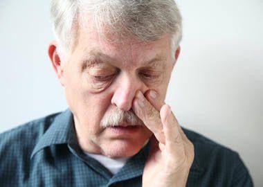 Закладеність носа при хронічному аденоидите