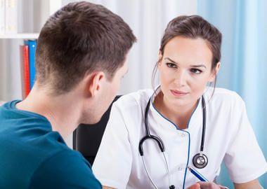 Консультація лікаря при аденоїдах