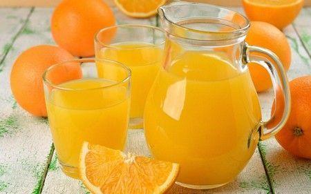 Апельсиновий сік вранці сміливо пийте, здоров`я і бадьорість на весь день запозичень!
