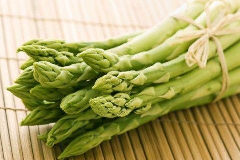 Для вагітних важлива, в схудненні потрібна! Спаржа - овоч смачний і лікар він майстерний!