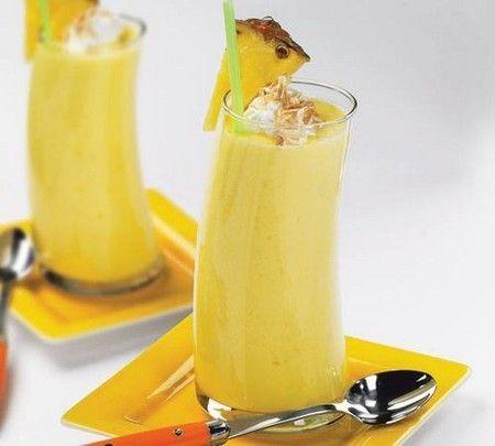 Напій з ананаса