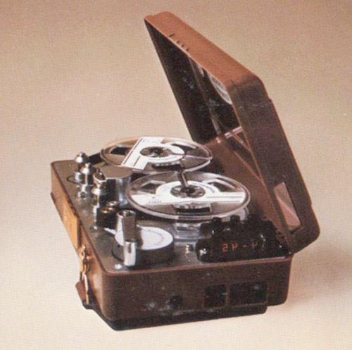 один з перших портативний холтер-моніторів