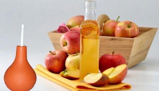 в чому особливість клізми з яблучним оцтом