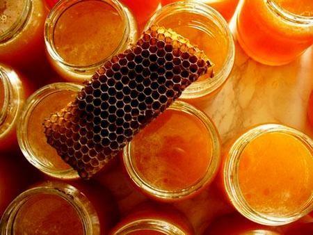 Продукти бджільництва в косметології