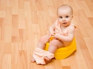Як допомогти новонародженому при запорах