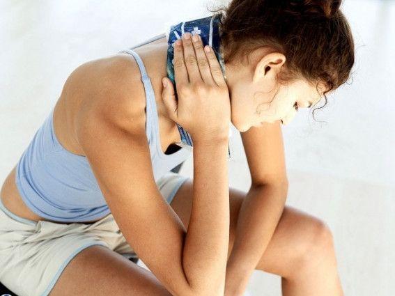 Біль в шиї