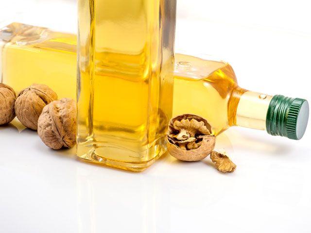 Масло волоського горіха. Корисні властивості