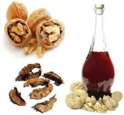 Настоянка перегородок волоських горіхів як засіб від захворювань щитовидки