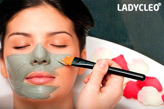 маска з глиною