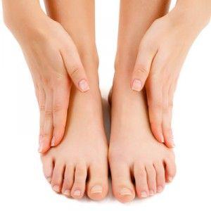 Набряки на ногах: чому з`являються, фактори ризику, ніж знімати і лікувати?