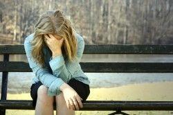 Депресія - причина коричневих виділень при місячних