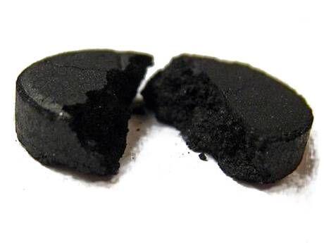 Активоване вугілля від прищів