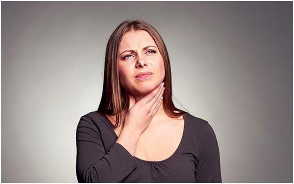Біль в області шиї