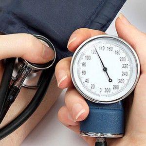 Скаче тиск: то високе, то низька, що робити, причини, лікування стрибків
