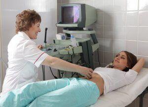 За допомогою УЗД можна обстежити не лише як розвивається плід, а й оцінювати стан жінки