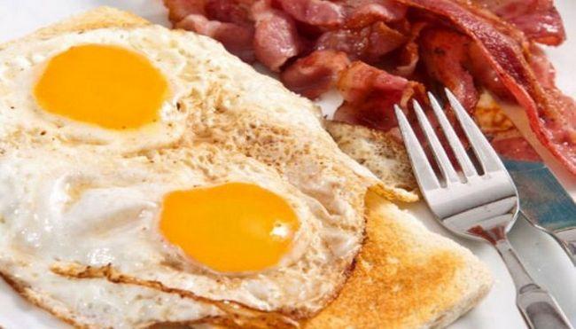 в яких продуктах міститься найбільше холестерину