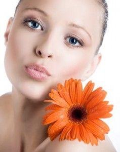 Вплив тонального крему на здоров`я шкіри: думка експертів